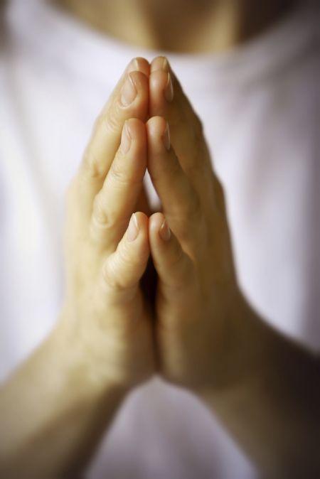 Elav palveelu ei tule mitte pühendumisest reeglitele, vaid südame täitumisest Jumala armastusega. Repro